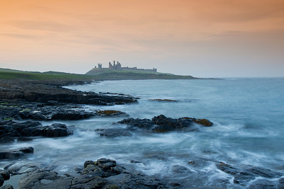 dunstanburgh,castle,northumberland,photo,sunset,sea